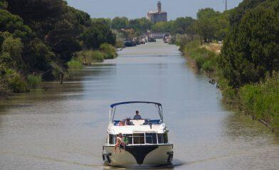 Boats-rental